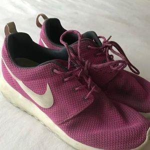 Nike Roshe Run Ones